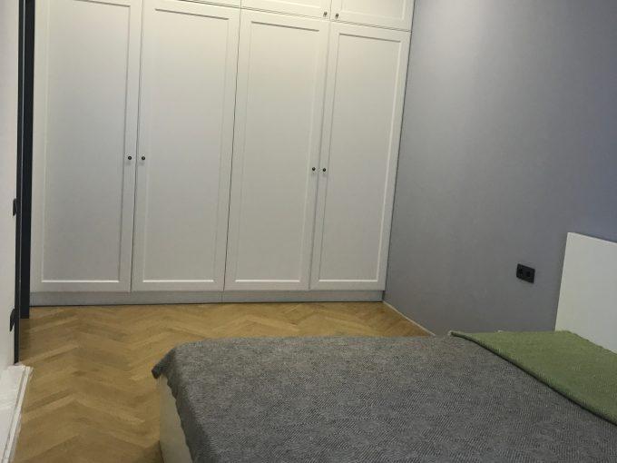 Minsk merkezde satilik LUX daire. Oturmaya hazir.